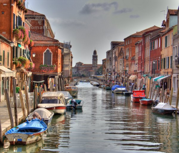 murano-channel-italy