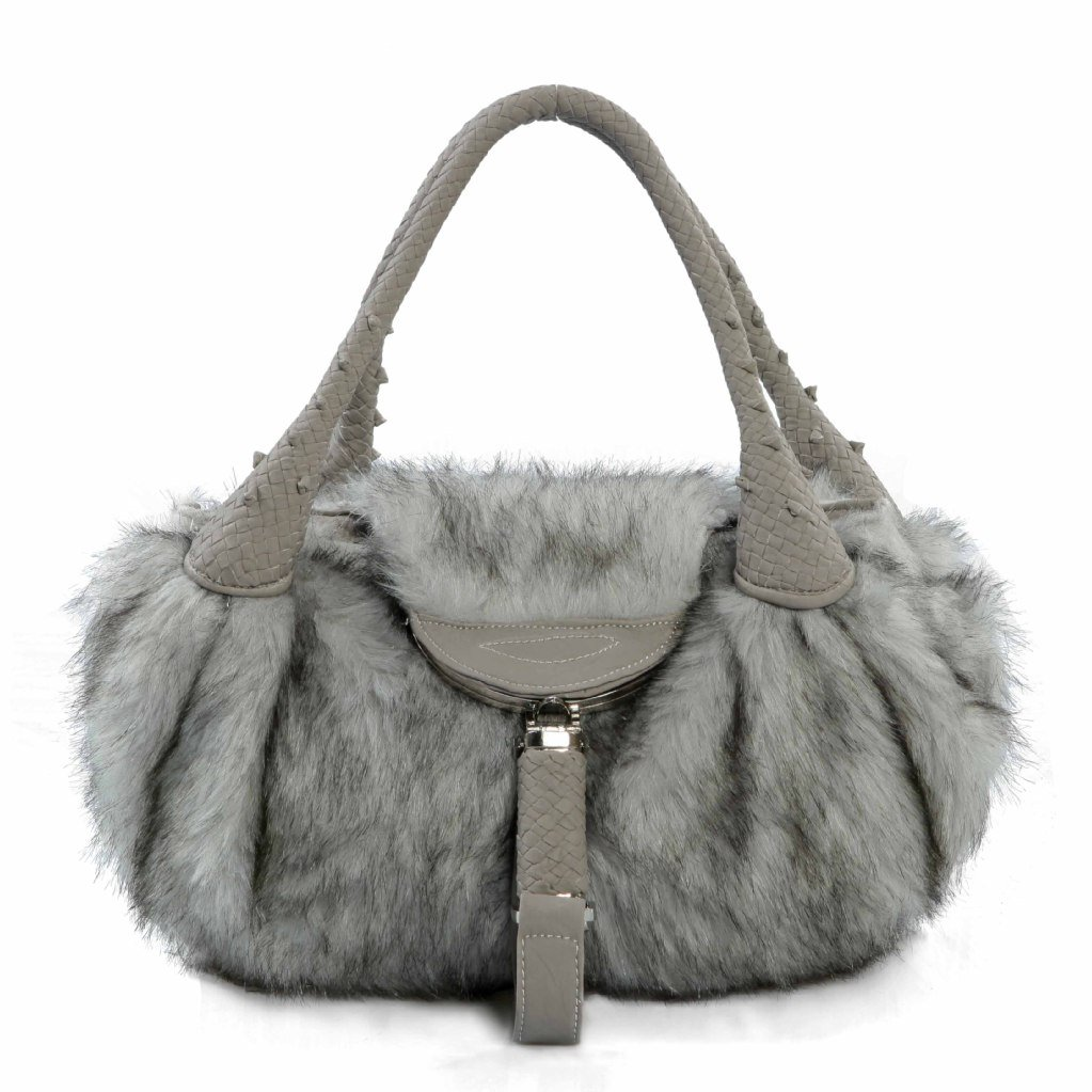 10-must-have-accessories-for-fallwinter-2013_17