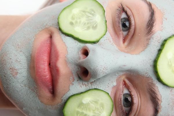 5_DIY_Summer_Face_Masks_05