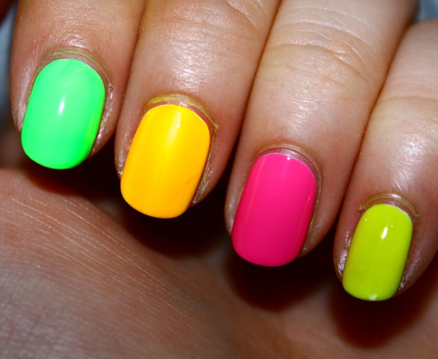 Top-15-Summer-Nail-Art-Ideas_08