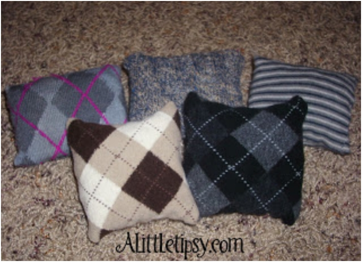 Cute Bean Bags from Worn Out Socks