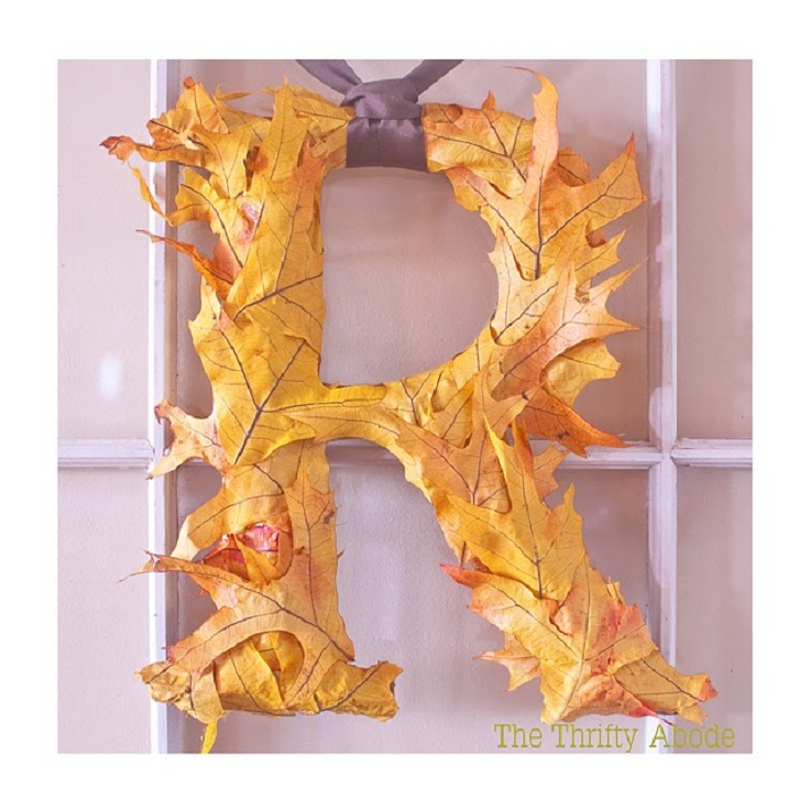 Wreaths-for-front-door-leaf-initial