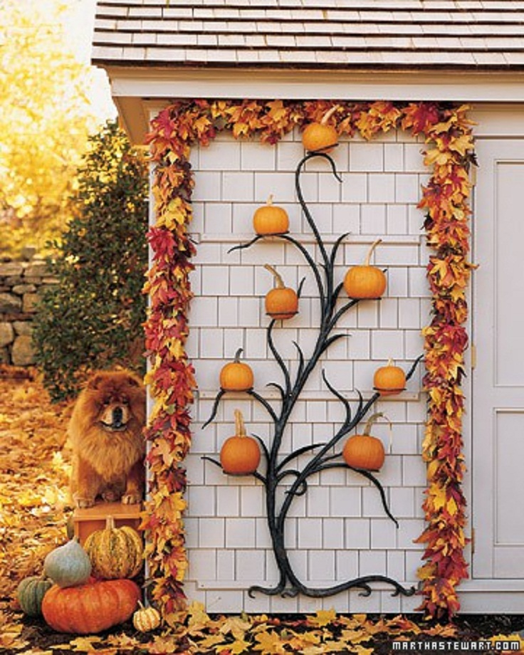 7 diy autumn decoration and centerpiece ideas for Pictures of fall decorations for outdoors