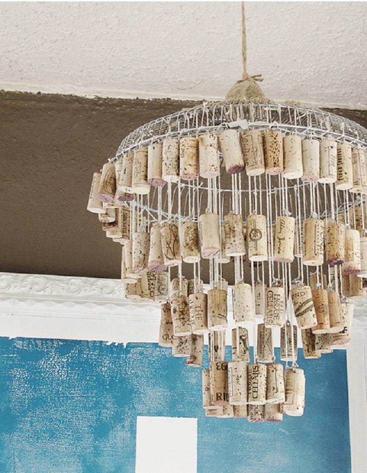 wine-cork-DIY-chandelier