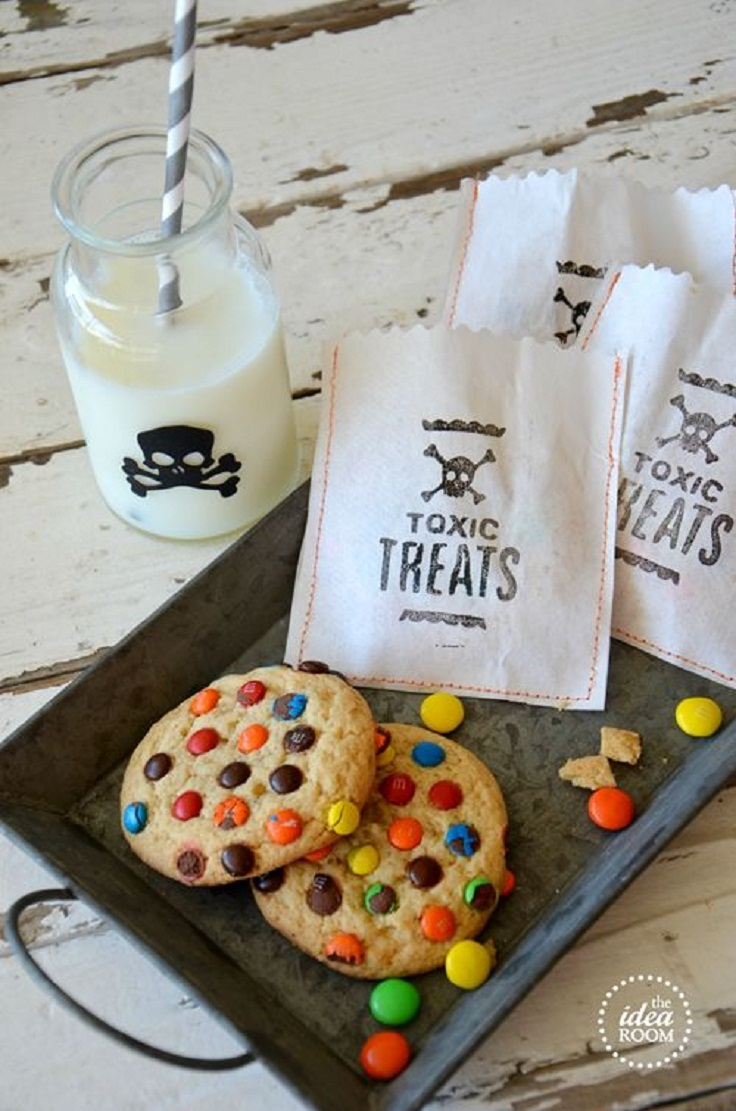 toxic treats halloween treat bags - Pinterest Halloween Treat Bags