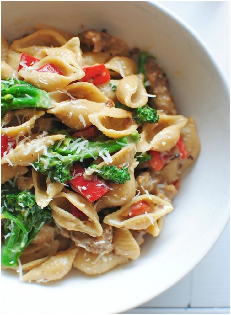 Creamy Roasted Garlic Shells with Italian Sausage Peppers and Broccoli