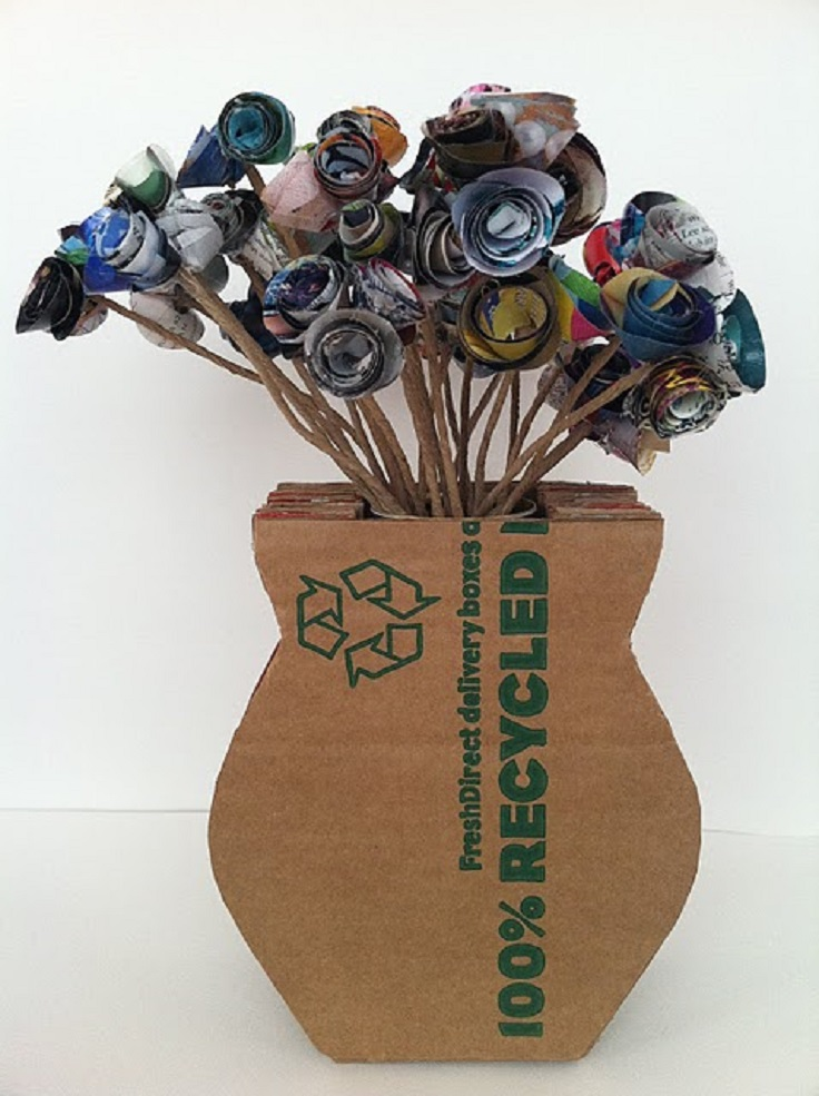 DIY-cardboard-vase-upcycled