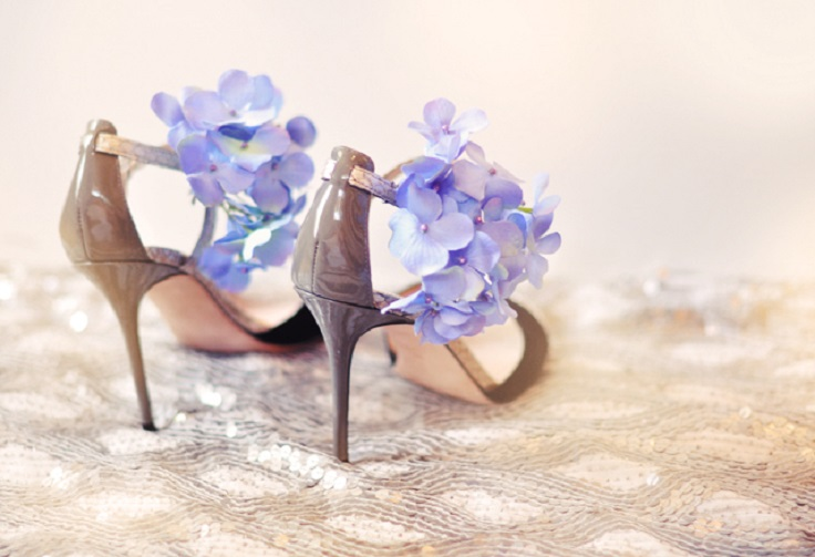 DIY flower shoes - strappy sandals with flowers- Brian Atwood