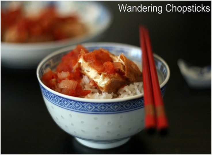 Dau Hu Chien Sot Ca Chua (Vietnamese Fried Tofu with Tomato Sauce)