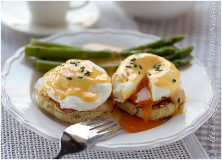 Eggs Benedict and The Daring Kitchen