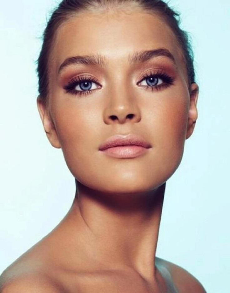 Khloe-Kardashian-Day-Night-Makeup-4