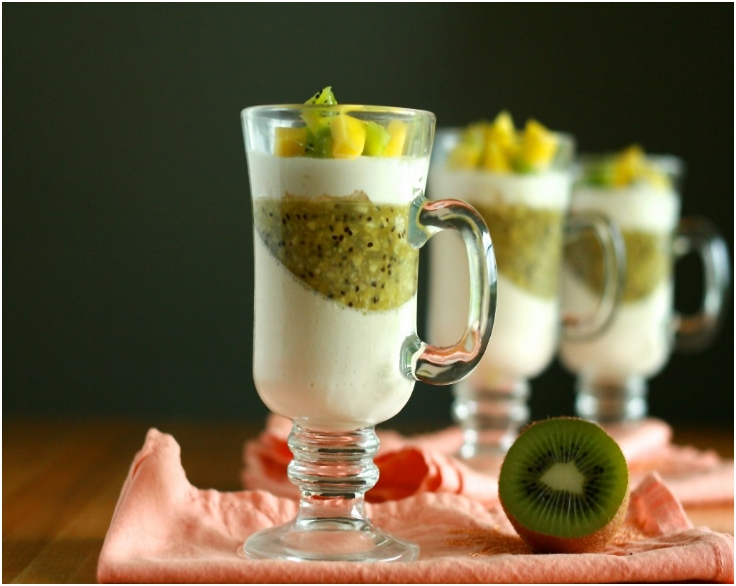 Panna Cotta with Kiwi Gele