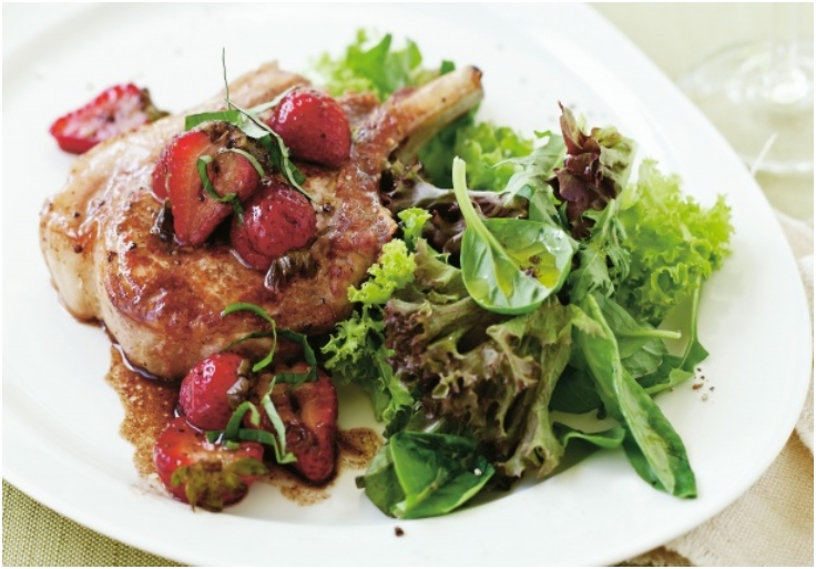 Pork with strawberry balsamic sauce