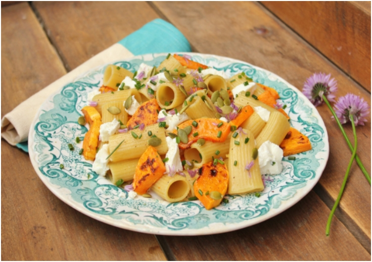 Rigatoni recipe with roasted butternut squash, goat cheese & pumpkin seeds
