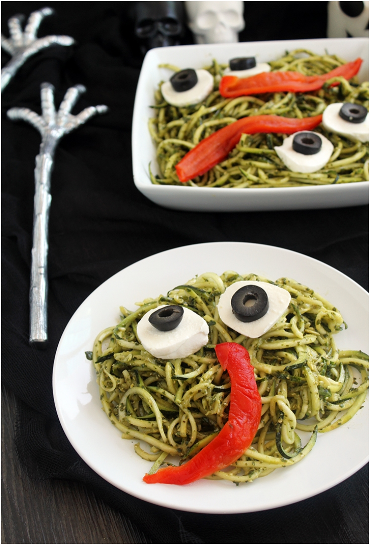 SPOOKY GREEN MONSTER ZUCCHINI NOODLES