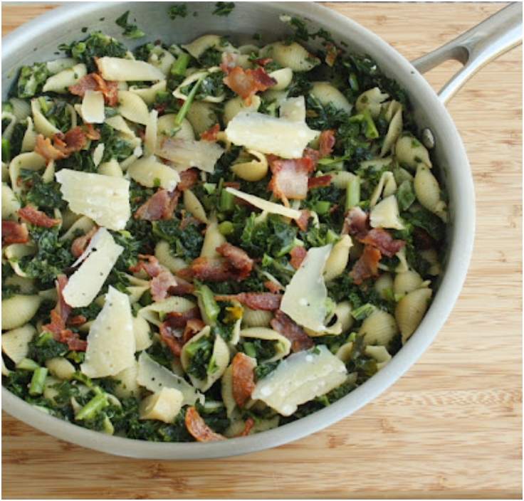 Shells with Kale, Bacon & Sun-Dried Tomatoes