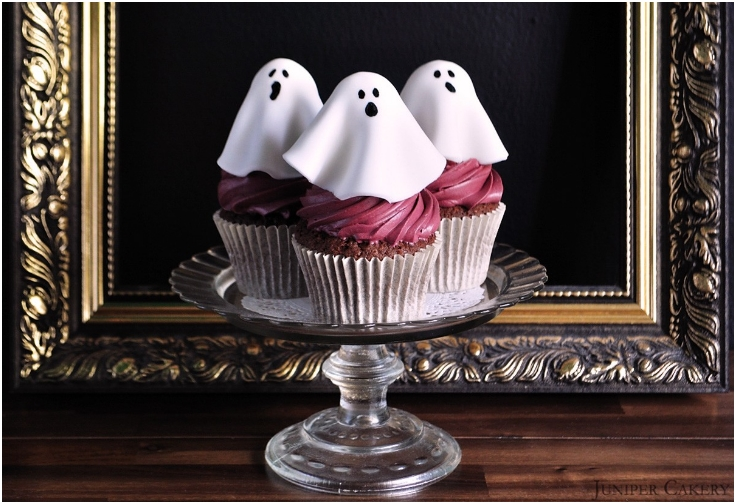 haunted-black-forest-cupcakes