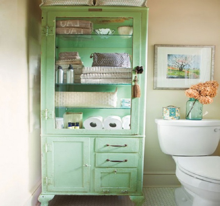 7 creative and practical diy bathroom storage ideas for Clever bathroom ideas