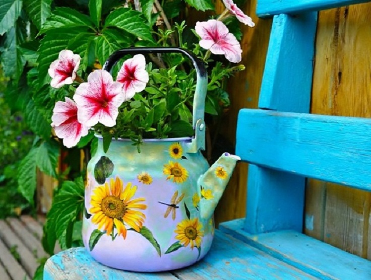 tea-pot-turned-into-a-flower-pot-634x479