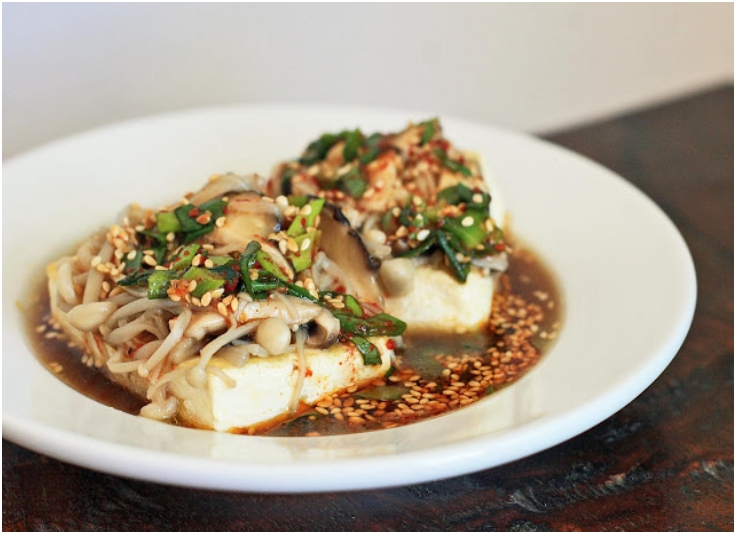 vegetarian-dubu-jeon-pan-fried-tofu-with-mushrooms