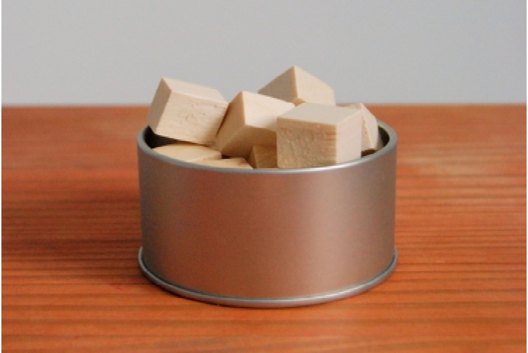 DIY-Air-Freshener-and-how-to-add-scent-to-wood-northstory.ca_