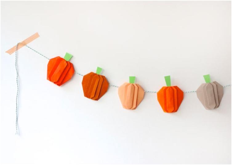 garland-pumpkin-half