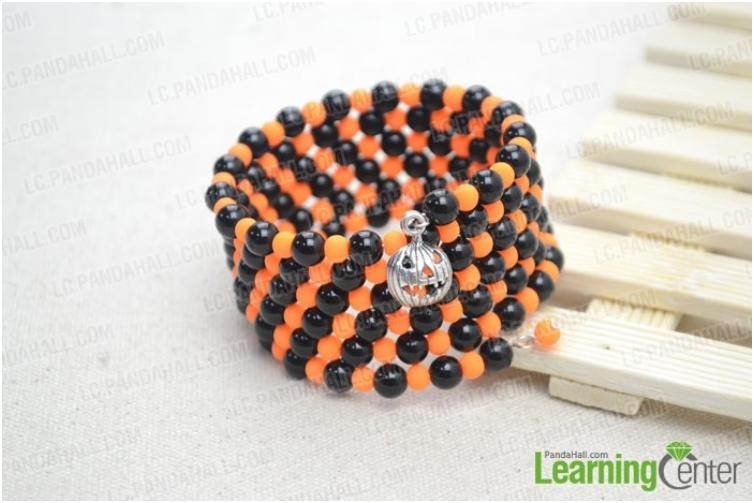 Make a Black and Orange Bracelet